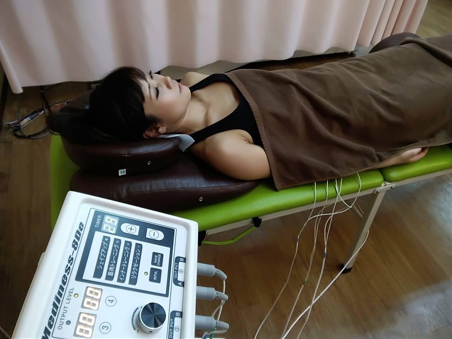永井鍼灸接骨院 施術の様子③