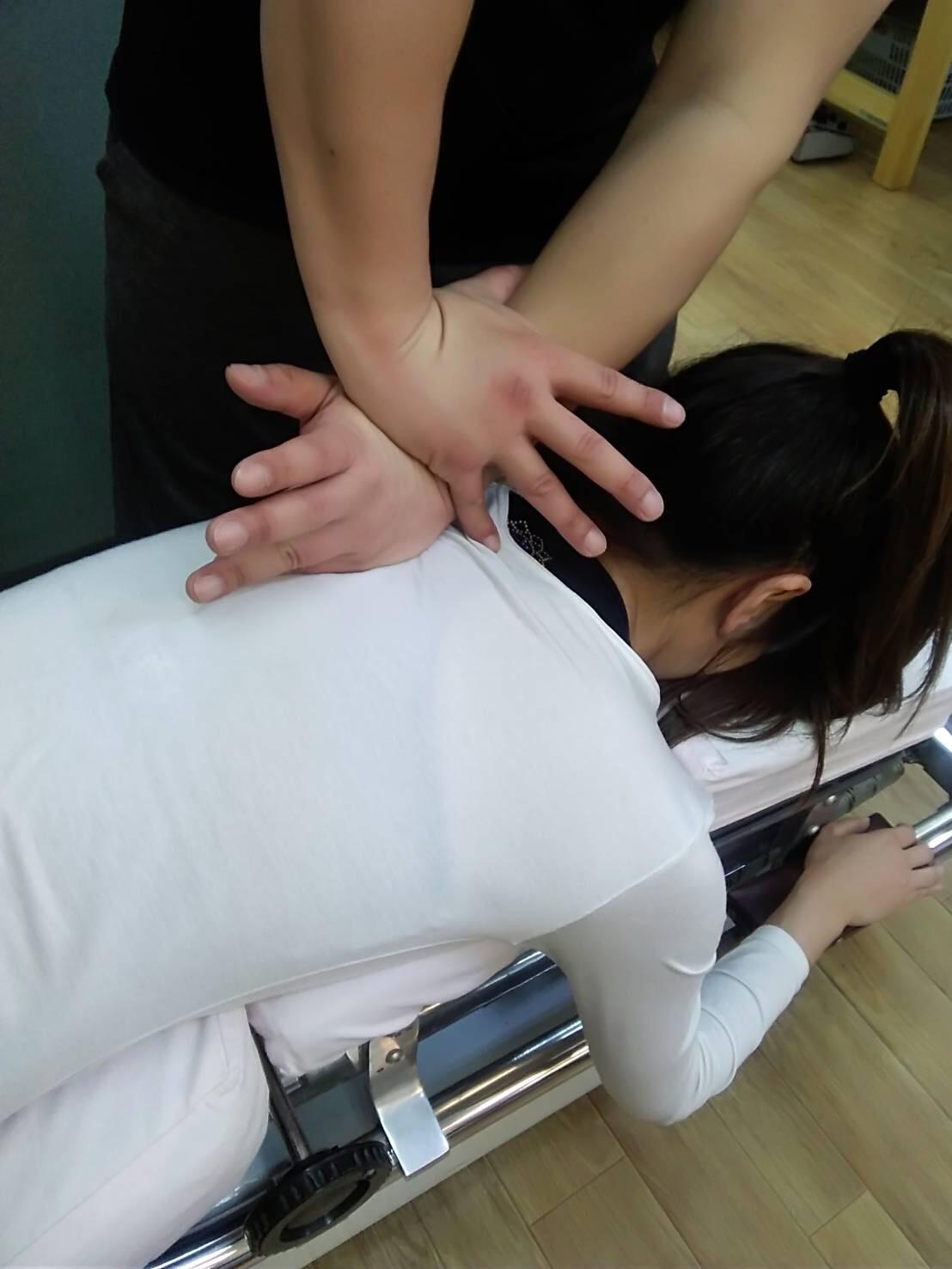 永井鍼灸接骨院 施術の様子④