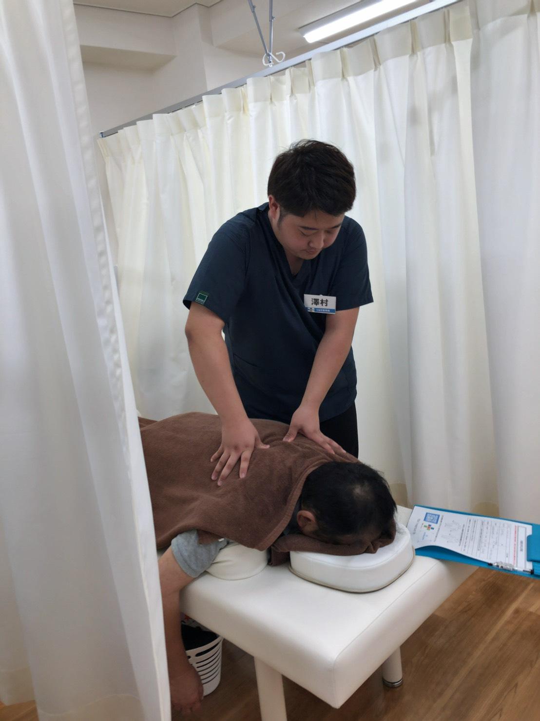 つばき整骨院鍼灸院施術の様子①